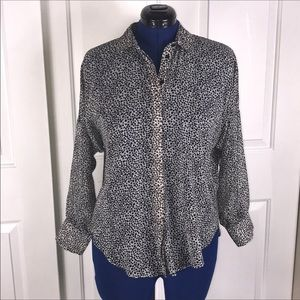 NWT Topshop US 6 semi sheer star button up top